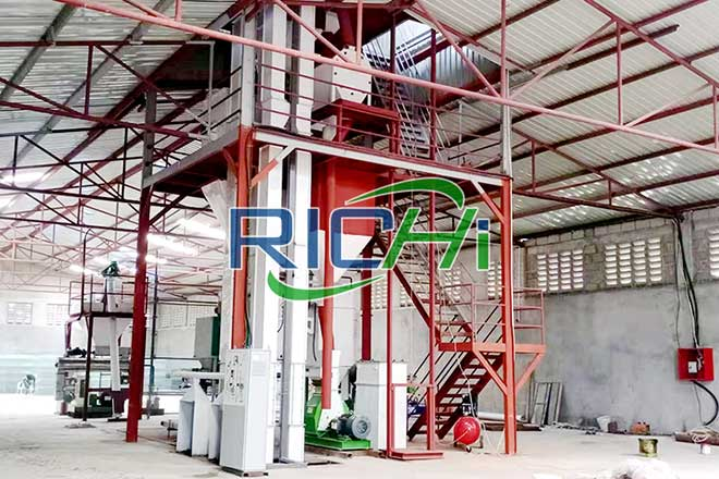 Uzbekistan 3-5t/h Powder Feed Production Processing Line & 1t/h Cattle Sheep Grass Pellet Line